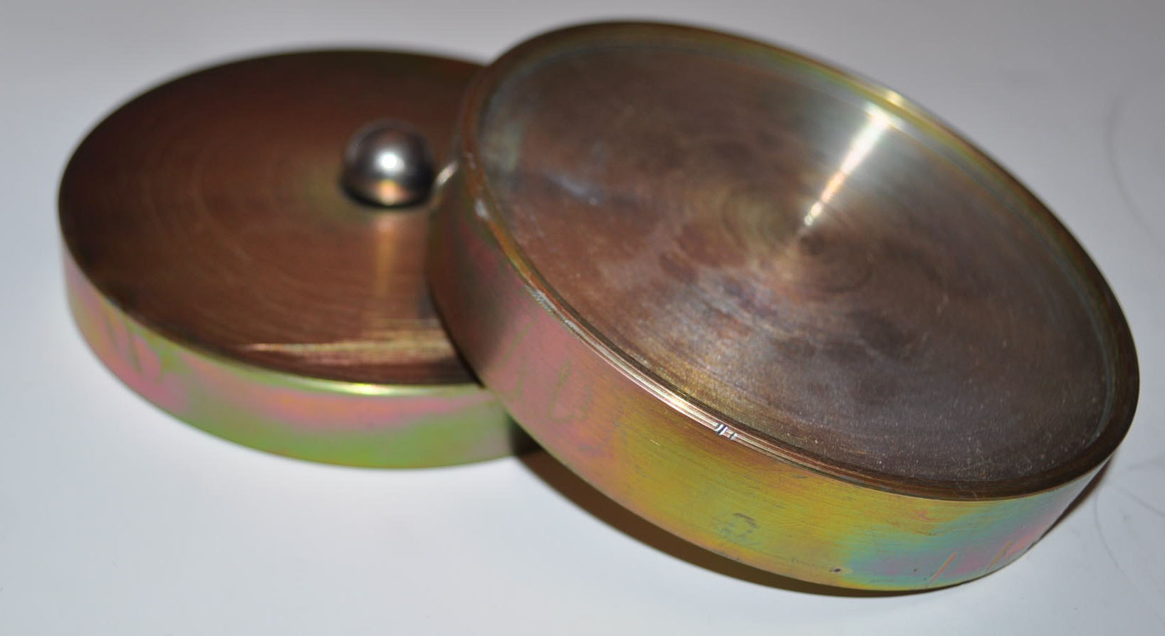 2.75. Шарнирное устройство для передачи нагрузки при испытании а/б образцов