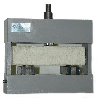3.62. Приспособление для испытания балочек 40х40х160 мм на изгиб  ПИ