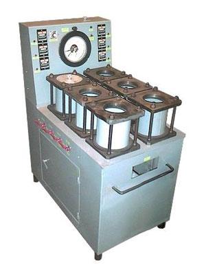 3.75. Установка для оценки водонепроница- емости  и фильтрации бетона УВФ-6